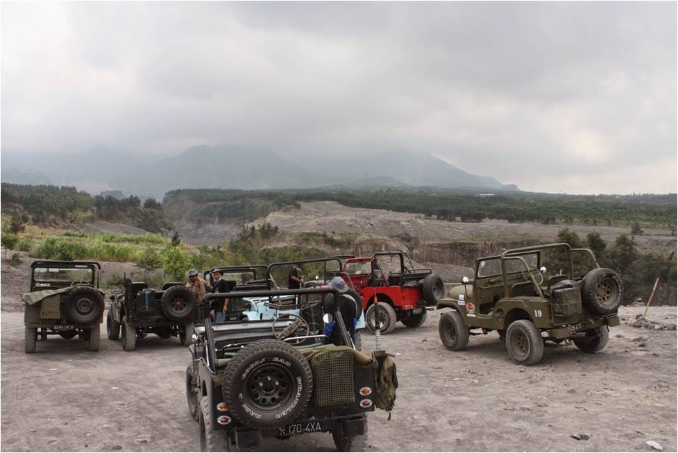 Sensasi Off-road Di Merapi